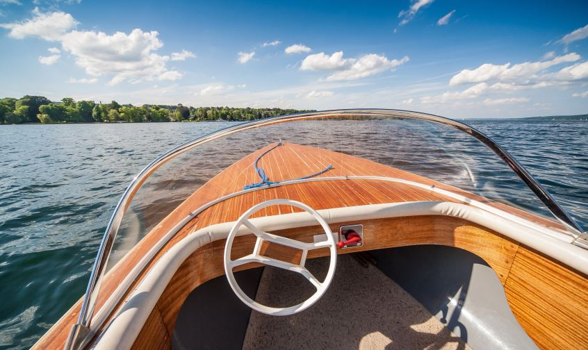 How to Winterize Your Boat | Team Valvoline